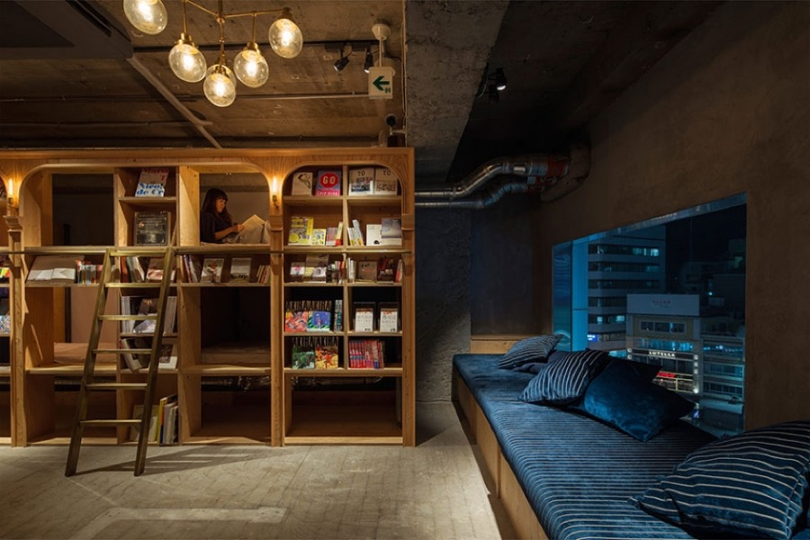 bookhotel1 (1)