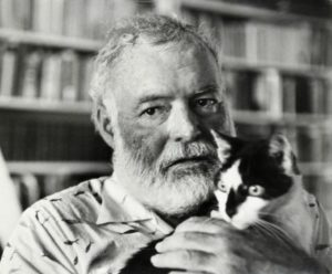 ErnestHemingway-and-cat